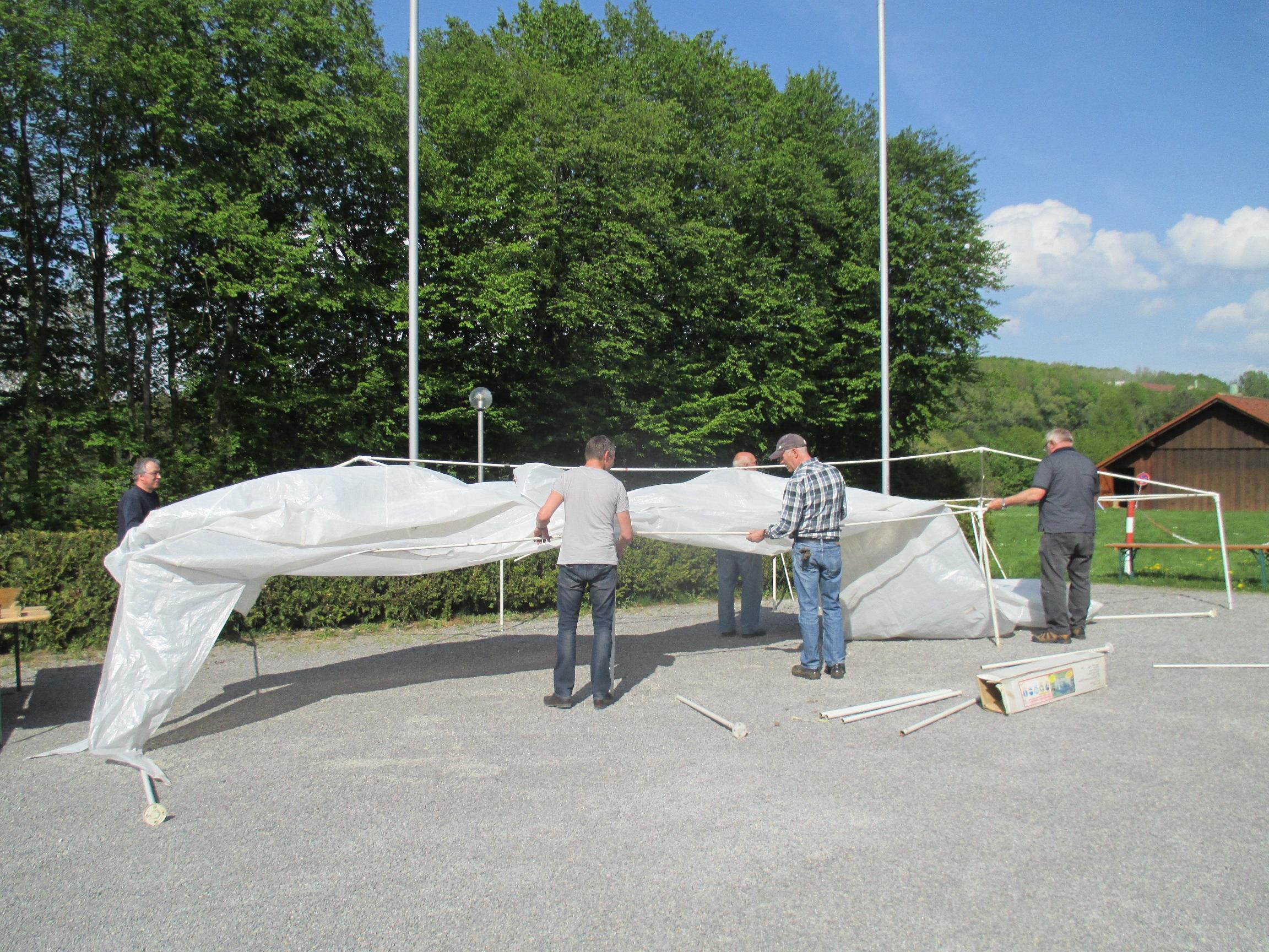 01-pavillon-aufbauen